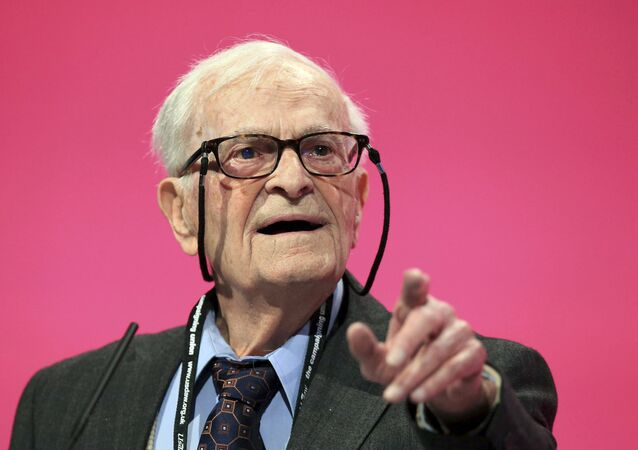 This Sept. 24, 2014 photo shows World War II veteran and political activist Harry Leslie Smith speaking during the Labour Party annual conference, in Manchester
