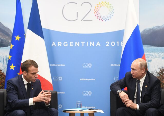 Russian President Vladimir Putin meets French President Emmanuel Macron on the sidelines of the G20 summit in Buenos Aires, Argentina. November 30, 2018