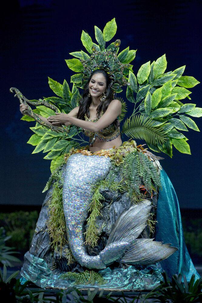 Mermaid Meets Sailor Moon: Miss Universe 2018 National Costume Presentation