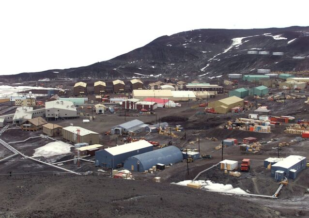 General view of McMurdo Station operated by the United States on Antarctica. The station is the biggest settlement on Antarctica, providing home for more then a thousand people. Picture taken January 1 2000