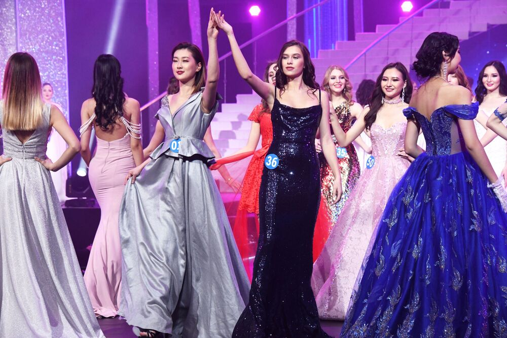 Eastern Allure: Stunning Participants of Oriental International Beauty Pageant