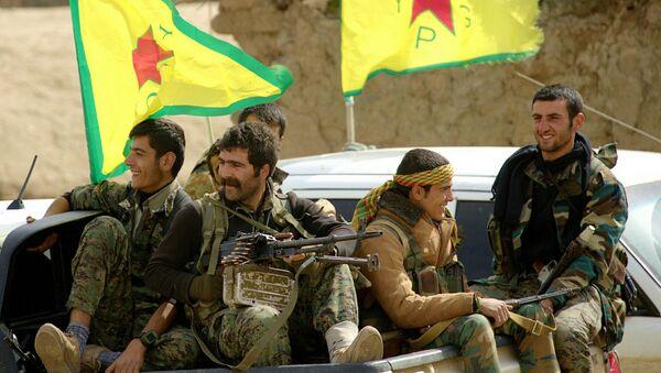 Kurdish YPG Fighters - Sputnik International