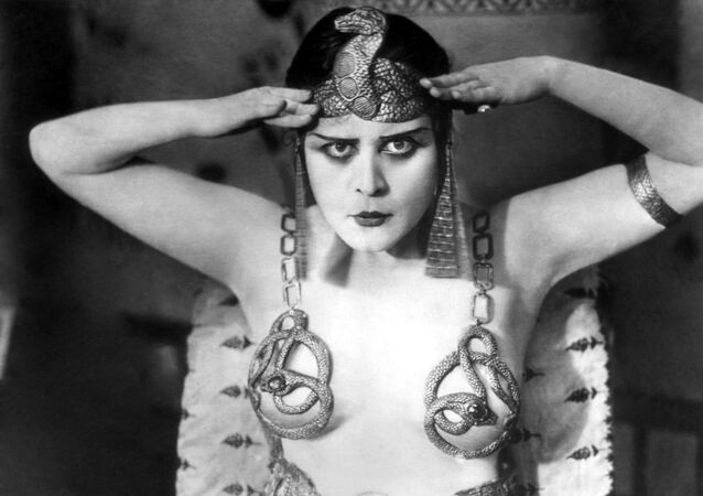 No Words Necessary: Silent Film's Most Enchanting Actresses