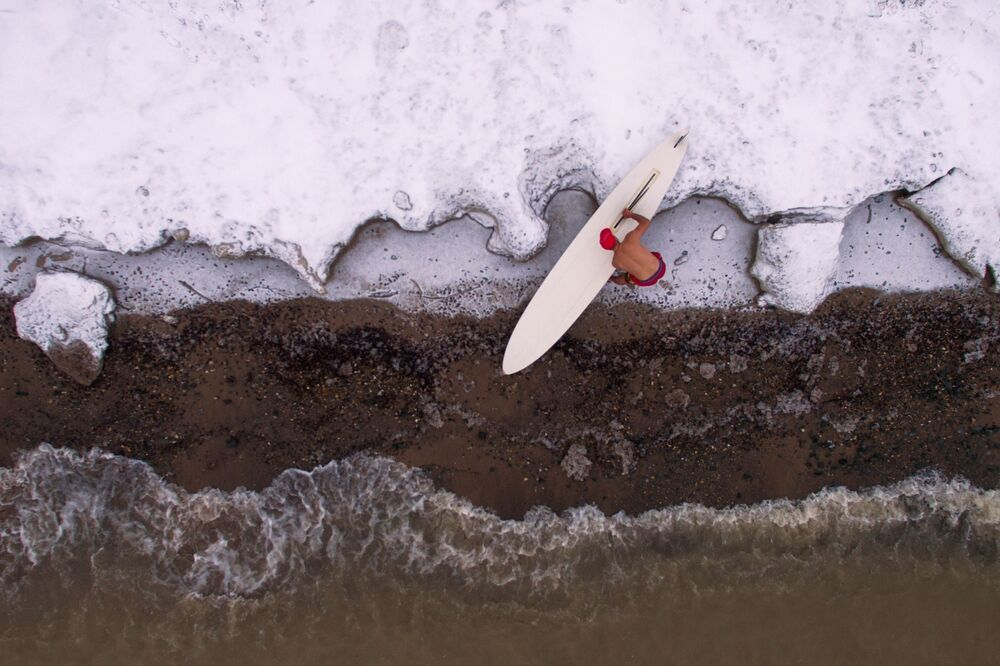 Frosty Magic: Fantastic Aerial Photos of Winter Wonders