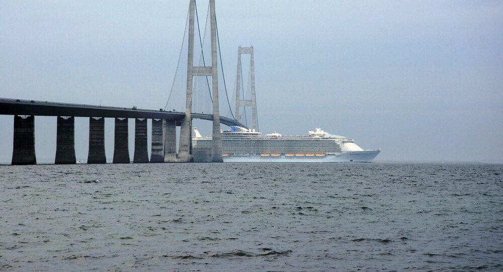 Allure of the Seas passing under the East Bridge