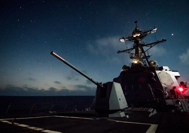 PACIFIC OCEAN (Aug. 18, 2018) - The guided-missile destroyer USS Dewey (DDG 105) transits the Pacific Ocean while underway in the U.S. 3rd Fleet area of operations.