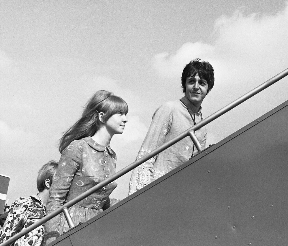 Paul McCartney with his wife Jane Asher