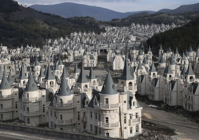 'Disney' Desolation: A Tour of Turkish Luxury Ghost Town