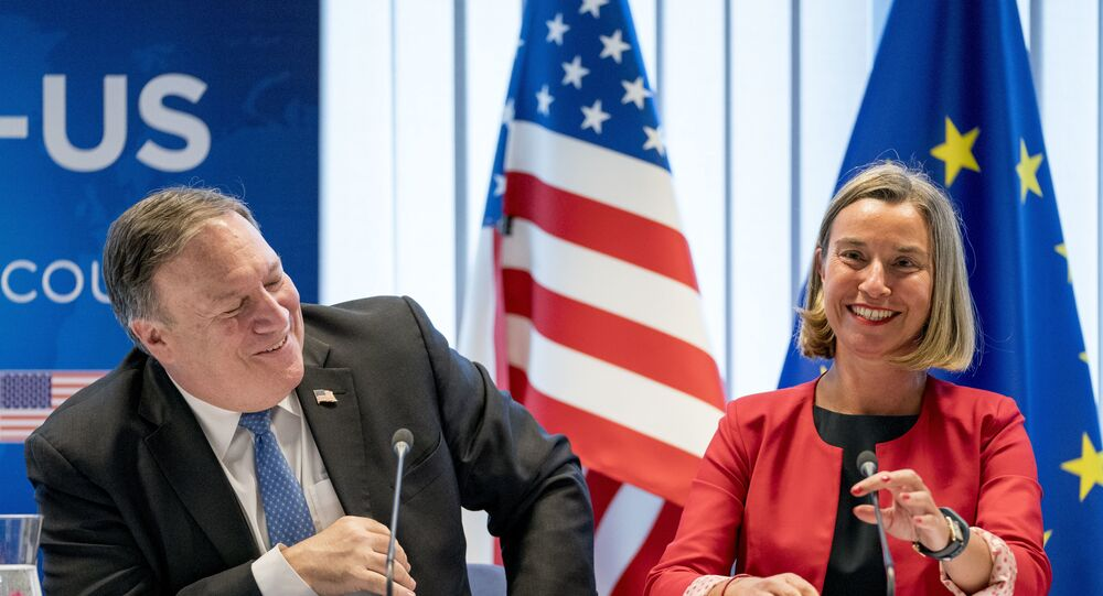 US Secretary of State Mike Pompeo(L) and EU Commission Vice President Federica Mogherini