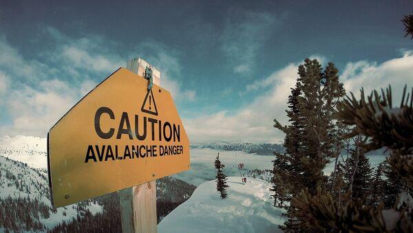 Avalanche danger sign  - Sputnik International