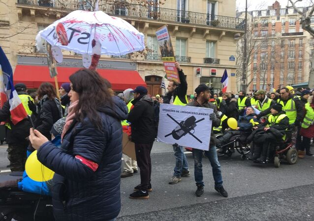 Yellow vests protesters