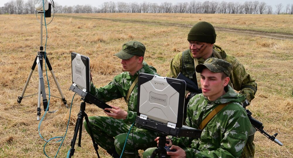 Servicemen of the reconnaissance unit of an Eastern Military District motorized rifle formation during special tactical training at the Anastasyevsky base in the Khabarovsk Territory