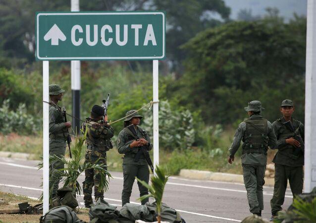 Venezuelan Army Soldiers Stand at Tienditas International Bridge