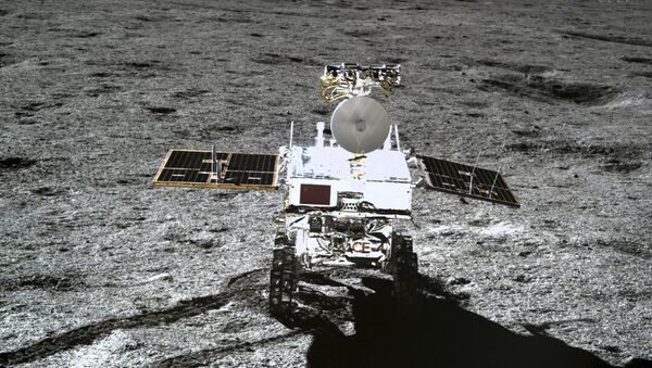 In this photo provided Jan. 12, 2019, by China National Space Administration via Xinhua News Agency, the rover Yutu-2 is seen in a photo taken by the lander of the Chang'e-4 probe on Jan. 11, 2019 - Sputnik International