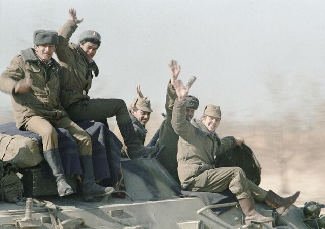 Soviet troops on the way home. 14 February 1989.