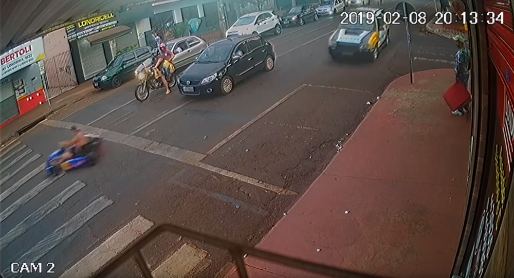 Beerio Kart: Drunk Driver Flees Brazil Police, Crashes Go-Kart