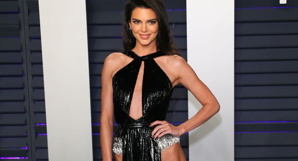 Kendall Jenner arrives for the 2019 Vanity Fair Oscar Party at the Wallis Annenberg Center for the Performing Arts on February 24, 2019 in Beverly Hills, California.