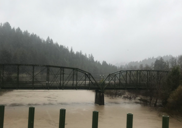 Russian River rising in northern California