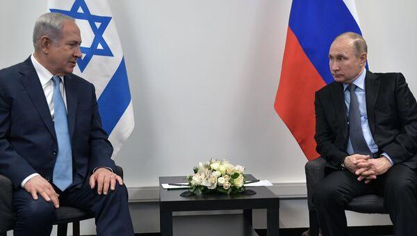 Russian President Vladimir Putin and Israeli Prime Minister Benjamin Netanyahu - Sputnik International