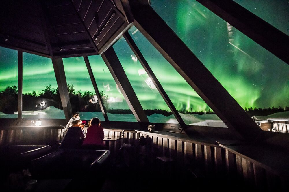 UFO, Tornado or Mushroom Cloud: Mesmerising View of Finland's Northern Lights
