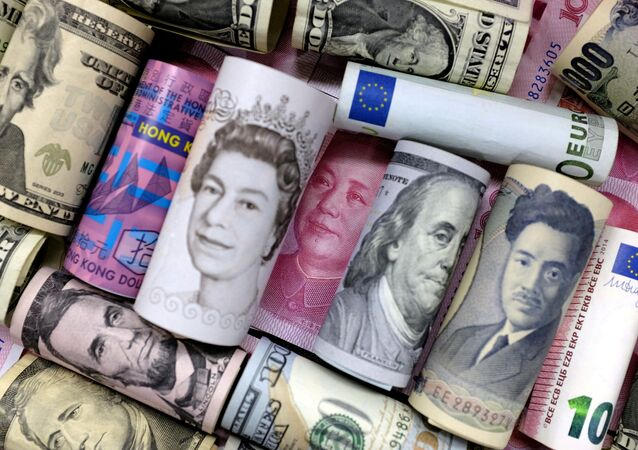 Euro, Hong Kong dollar, U.S. dollar, Japanese yen, pound and Chinese 100 yuan banknotes are seen in this picture illustration, January 21, 2016.