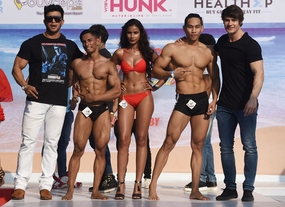 Actors and models at the 'Body Power Beach Show'