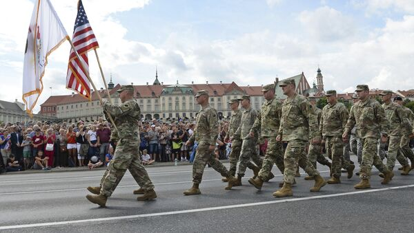 US Army soldiers take part in an annual military parade celebrating Polish Army Day in Warsaw, Poland - Sputnik International