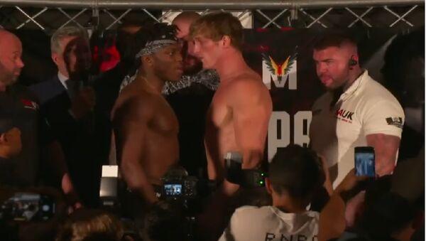 Ksi Vs Logan Paul Face off during the official weigh in - Sputnik International