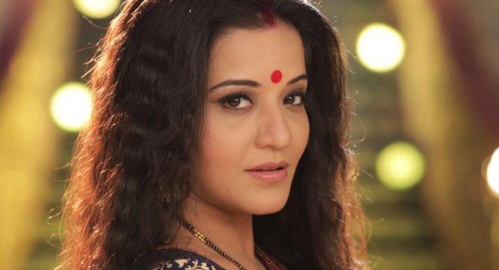 Indian Actress MONALISA on Instagram