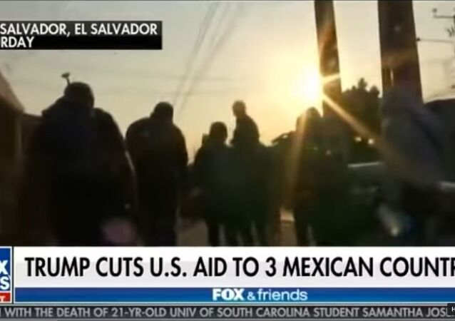 Fox and Friends Sunday 31.03.19 'Three Mexican Countries' Gaffe