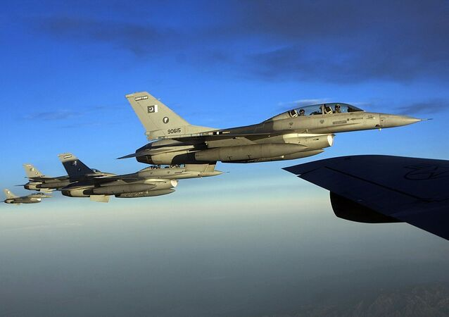 F-16 Fighting Falcons from the Pakistan Air Force