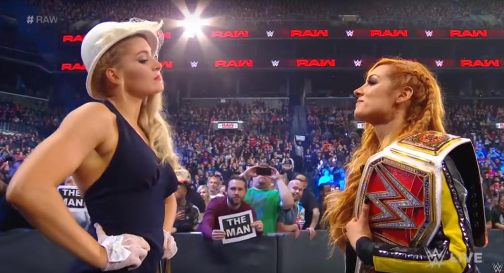 Becky Lynch vs Lacey Evans