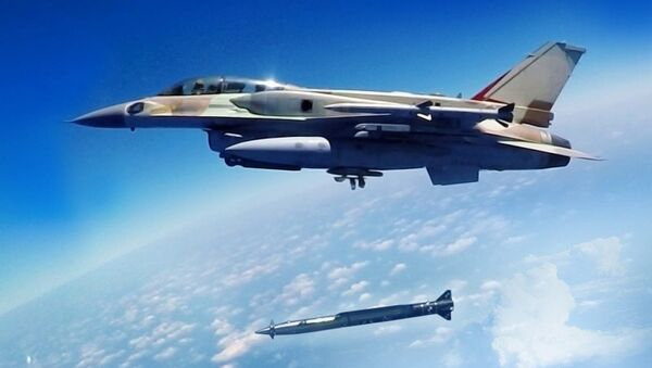 A Rampage supersonic stand-off air-to-surface missile being launched from an F-16 multirole combat aircraft - Sputnik International