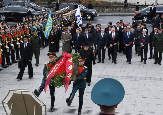 DPRK leader Kim Jong Un takes part in wreath laying ceremony in Vladivostok
