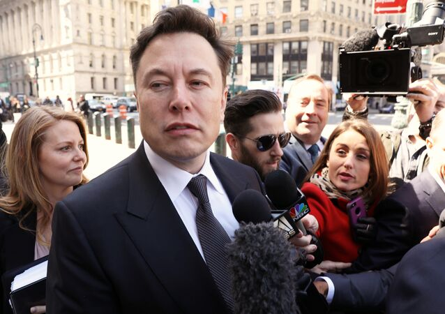 Tesla CEO Elon Musk arrives at Manhattan federal court for a hearing on his fraud settlement with the Securities and Exchange Commission (SEC) in New York City, U.S. April 4, 2019