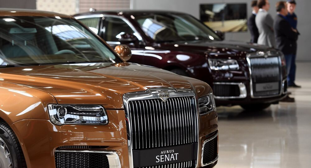 The first sales of Russian Aurus luxury cars, which are part of the Kortezh project, through the dealership network will begin in 2020, a slight delay from the initially planned start in the second half of 2019, the Avilon company told Sputnik on Monday.