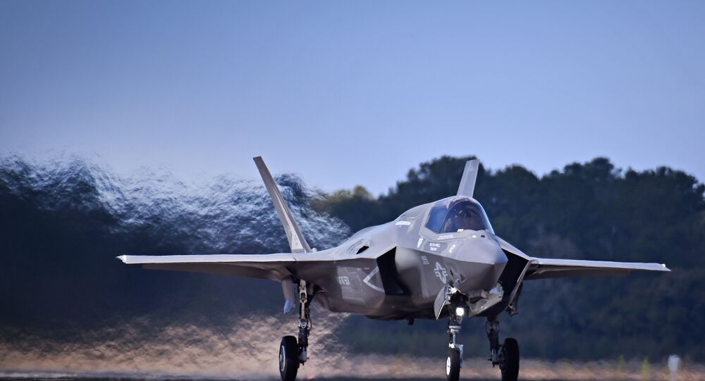 It was reported than an F-35 U.S. military plane has crashed near the Marine Corps Air Station in Beaufort, South Carolina