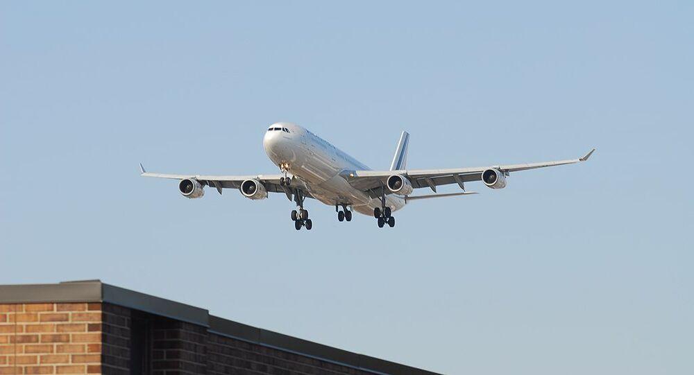 Air France Airbus A340-313X F-GLZH