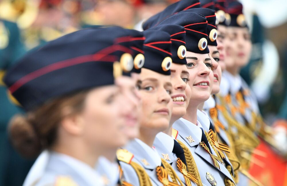 Female Cadets Feature in the Parade