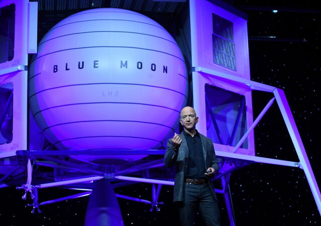 Founder, Chairman, CEO and President of Amazon Jeff Bezos unveils his space compFounder, Chairman, CEO and President of Amazon Jeff Bezos unveils his space company Blue Origin's space exploration lunar lander rocket called Blue Moon during an unveiling event in Washington, U.S., May 9, 2019. REUTERS/Clodagh Kilcoyneany Blue Origin's space exploration lunar lander rocket called Blue Moon during an unveiling event in Washington, U.S., May 9, 2019. REUTERS/Clodagh Kilcoyne