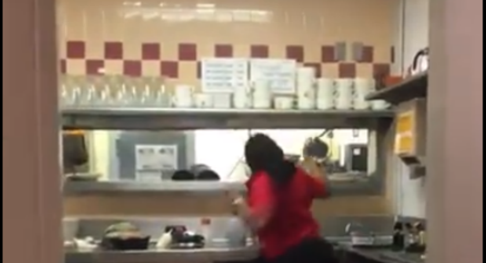 US IHOP Workers Wage War With Flying Plates, Pots and Pans