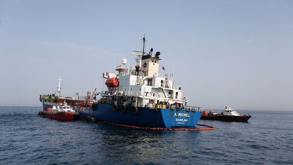 A. Michel UAE tanker is seen off the Port of Fujairah, United Arab Emirates, May 13, 2019 - Sputnik International