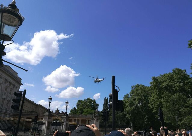 Donald Trump Arriving at Buckingham Palace by Helicopter