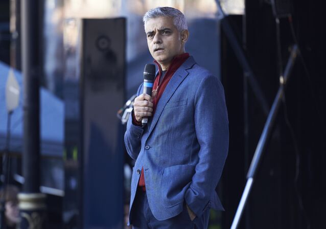 Mayor of London Sadiq Khan speaks to demonstrators in Parliament Square after they take part in a march calling for a People's Vote on the final Brexit deal, in central London on October 20, 2018