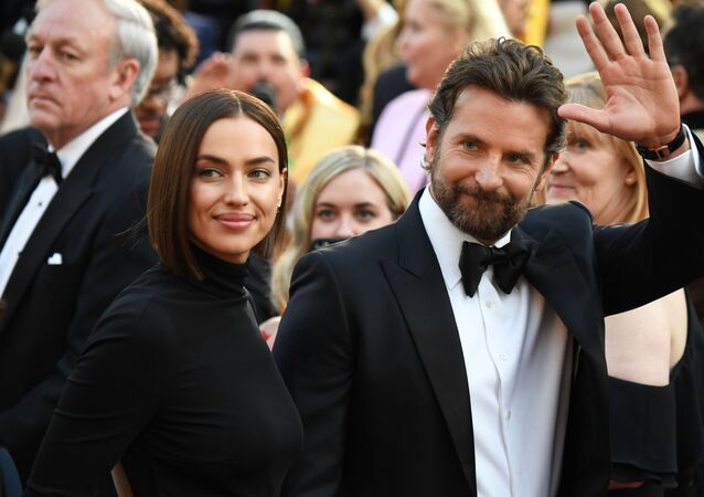 Best Actor nominee for A Star is Born Bradley Cooper (L) and his wife Russian model Irina Shayk arrive for the 91st Annual Academy Awards at the Dolby Theatre in Hollywood, California on February 24, 2019