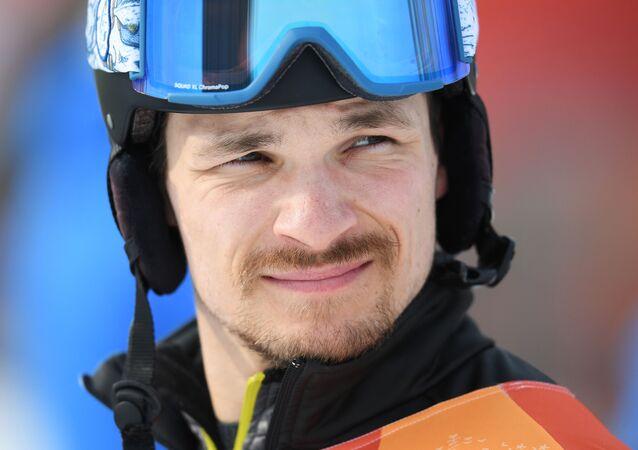 Российский спортсмен Вик Уайлд на соревнованиях по сноуборду среди мужчин в дисциплине параллельный гигантский слалом на XXIII зимних Олимпийских играх в Пхенчхане.