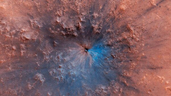 Crater which recently appeared on the surface of Mars - Sputnik International