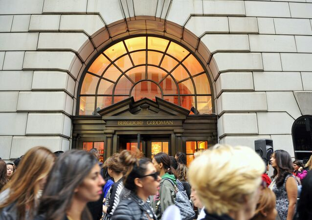 "his Sept 10, 2010, file photo shows people lining up to enter the Bergdorf Goodman store, in New York. E. Jean Carroll, a New York-based advice columnist claims Donald Trump sexually assaulted her in a dressing room at a Manhattan department store in the mid-1990s. The first-person account was published Friday, June 21, in New York magazine. Trump denied the allegations and said ""I've never met this person in my life."" (AP Photo/Stephen Chernin, File)"