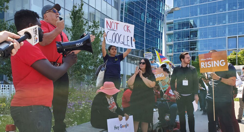 Alphabet employees, community organizers and human rights activists gather for a rally after an annual shareholder meeting outside of the Google Cloud computing unit's headquarters in Sunnyvale, California, U.S., June 19, 2019
