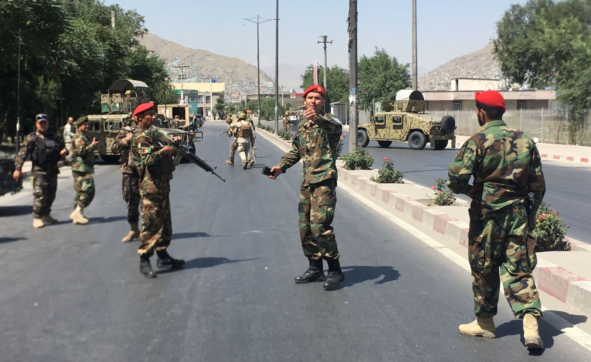 Afghan security forces arrive at the site of an explosion in Kabul, Afghanistan - Sputnik International, 1920, 07.09.2021